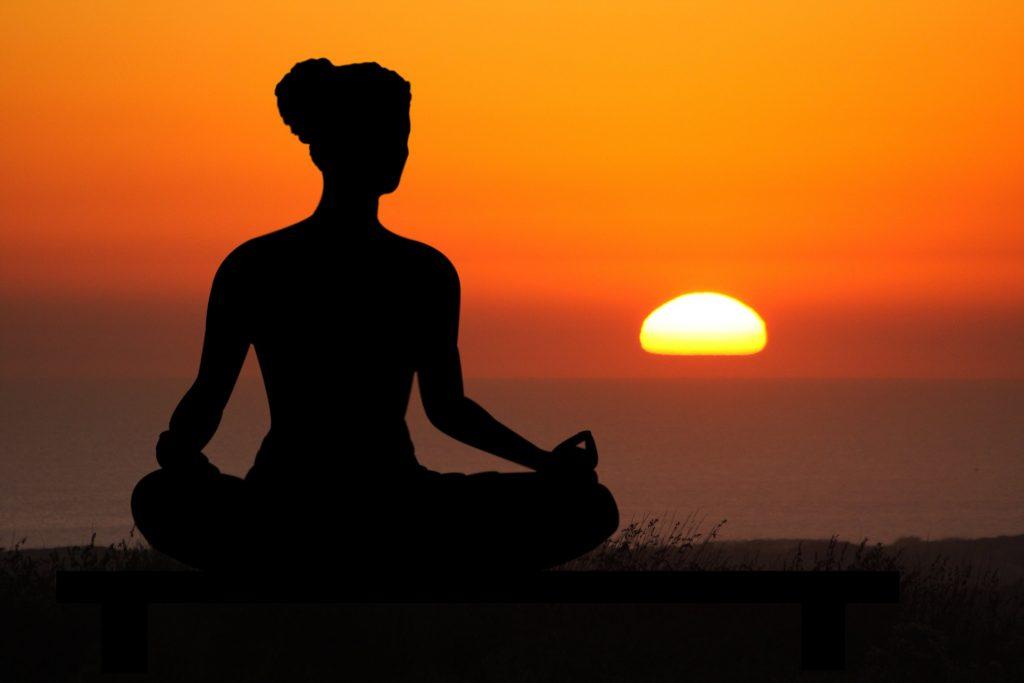 Alasan Yoga Sebagai Olahraga Terbaik Untuk Menjaga Kesehatan Tubuh